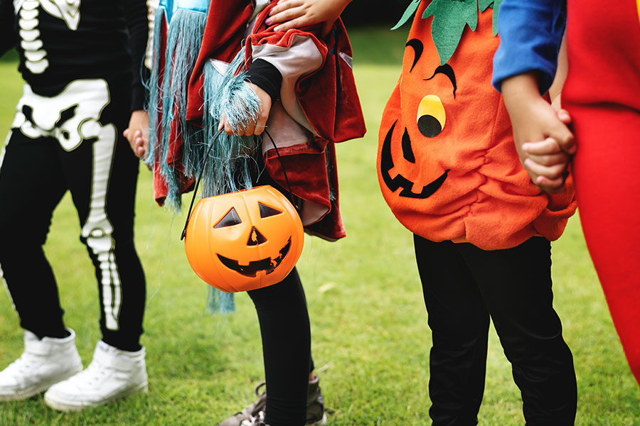 Trick-or-Treat Trail: Presented by Calabasas Mommy